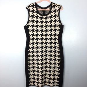 Calvin Klein Black & White Bandage Dress X-Large